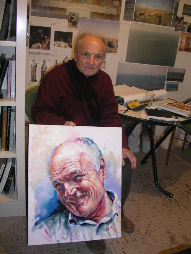 Antonio López con retrato que le hizo Tachi
