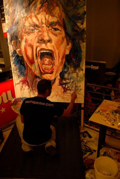 Tachi firmando Mick Jagger