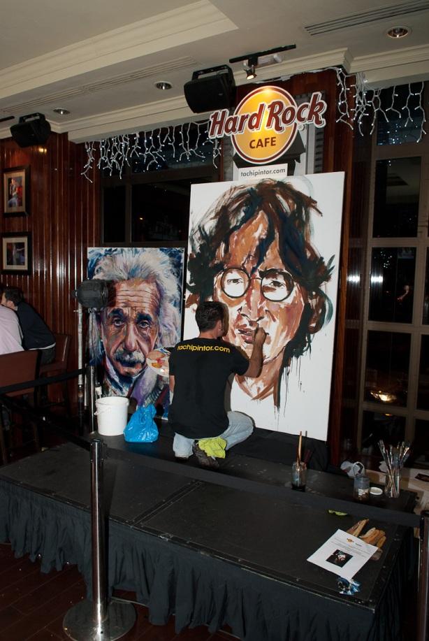 Tachi Pinta a John Lennon en Hard Rock Cafe Madrid-14